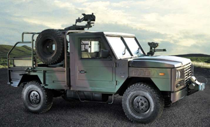 delhi police gets 3 light armoured troop carriers