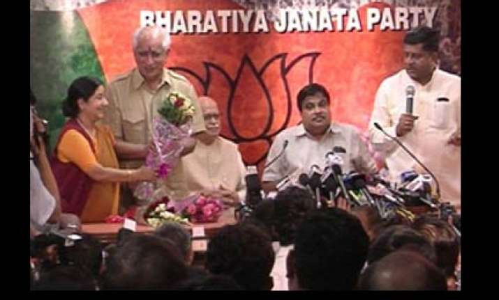 jaswant rejoins bjp after ten months in the cold