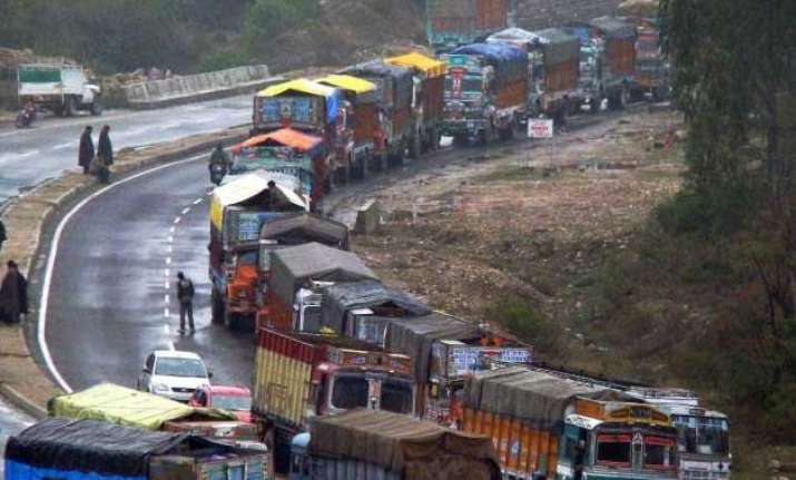 supplies reach kashmir as jammu srinagar highway opens