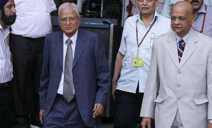 sit on blackmoney to go after offenders justice shah