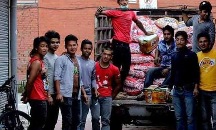 nepal s cyclists ride to rescue quake victims