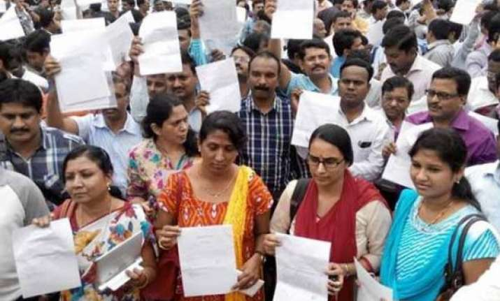 karnataka doctors withdraw resignations end strike