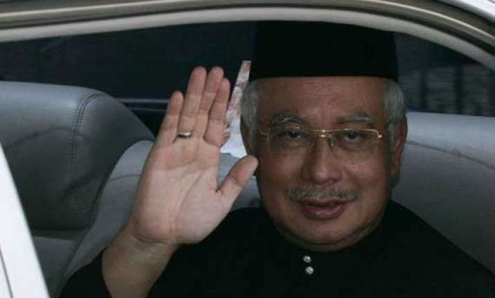 malaysia pm calls modi sets meeting during myanmar summit