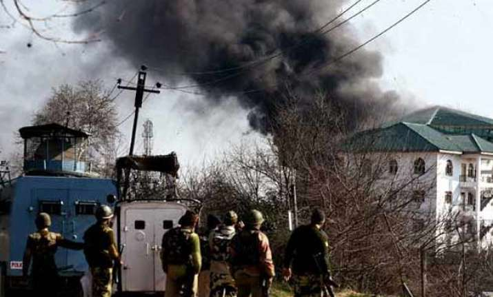 pampore attack gunbattle ends three militants killed says