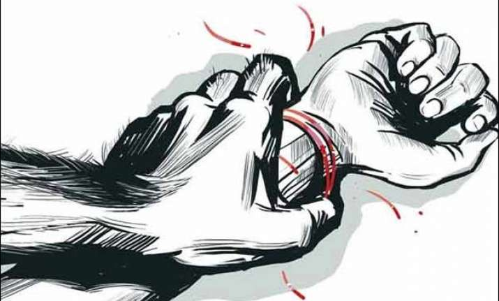 delhi court acquits man in rape case gives liberty to sue
