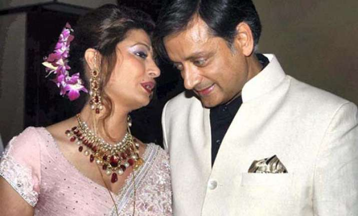 you are finished sunanda threatened tharoor before her
