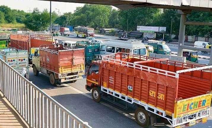 trucks entering delhi to pay environmental tax ngt