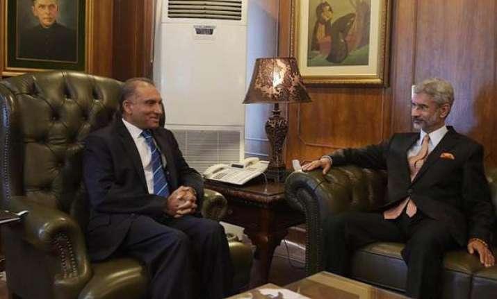 jaishankar discusses loc tension mumbai attack with pakistan