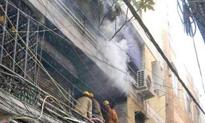 fire breaks out in gandhinagar market 3 suffer burn injuries