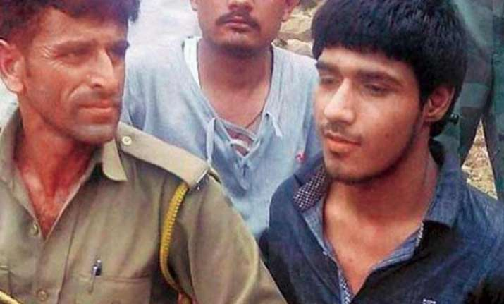i hate indian army pak terrorist naved says during
