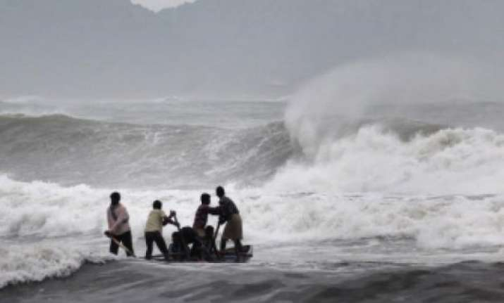 cyclone hudhud to make landfall today ndrf teams deployed