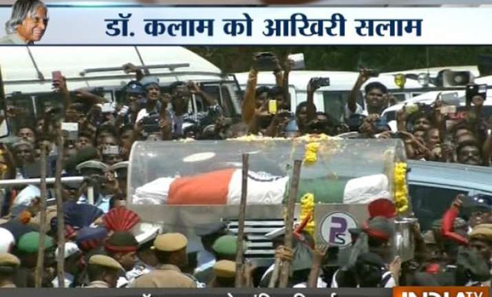 apj abdul kalam laid to rest nation bids a teary adieu