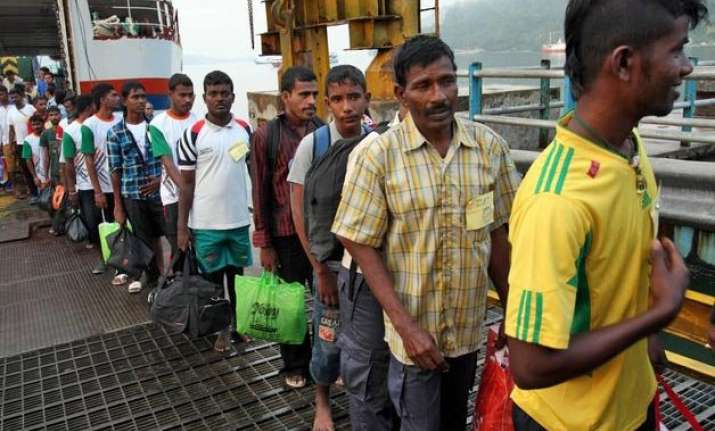 lankan refugees divided on returning home par panel chief