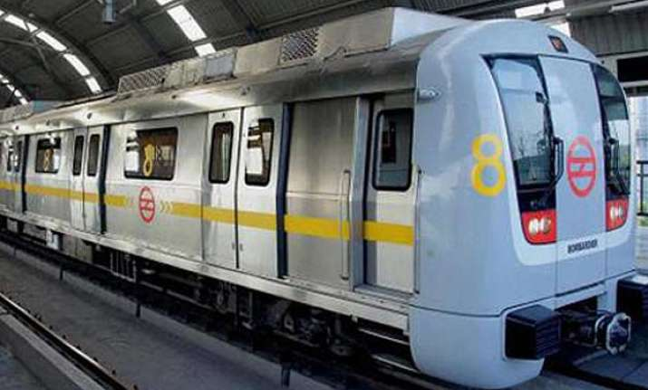 independence day take a free ride to red fort on delhi metro