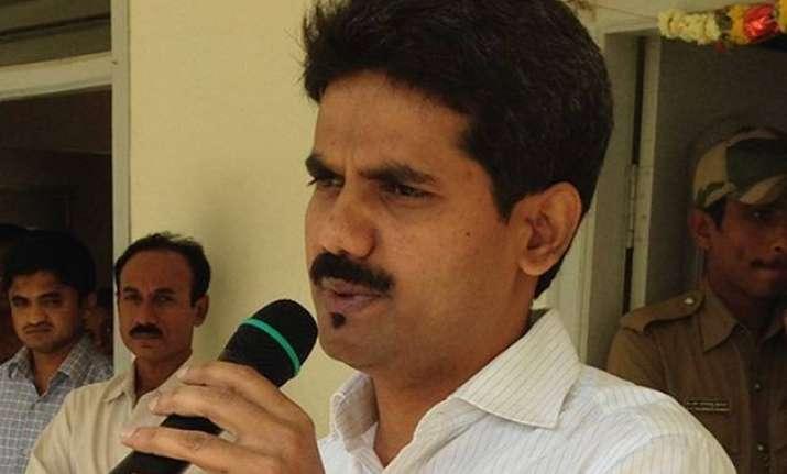 karnataka govt announces cid inquiry into the death of ias