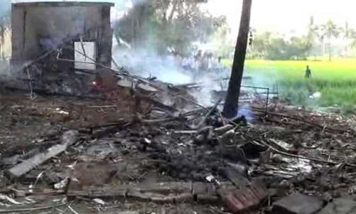 13 dead as fire engulfs andhra based fireworks factory