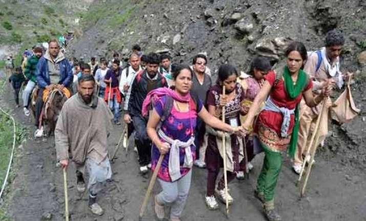 smallest batch of 303 pilgrims leaves for amarnath