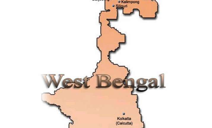 12 persons of marriage party killed in west bengal