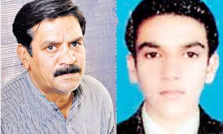 jaipur medical college asks rs 16 000 to release son s body
