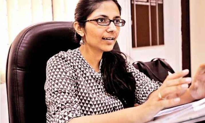 delhi needs night shelters more than night life swati