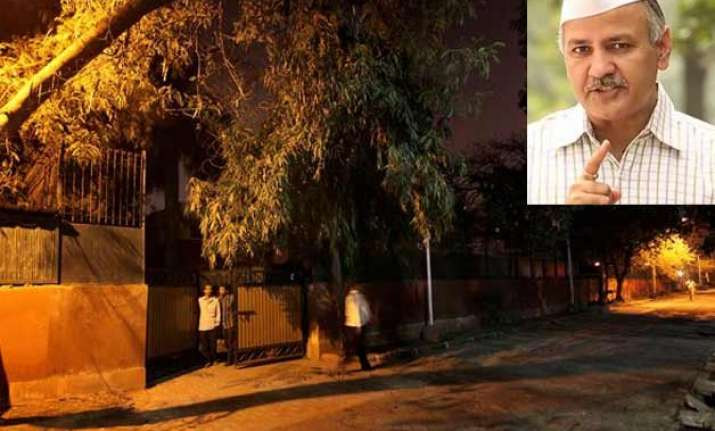 manish sisodia gets 2 500 sq ft bungalow delhi cm kejriwal