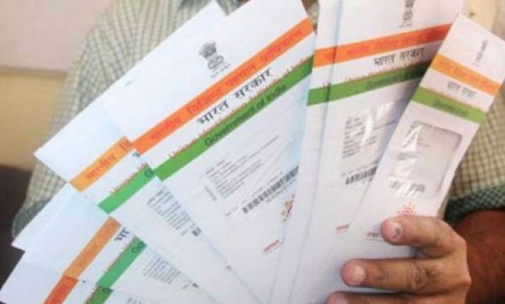 10 crore aadhaar numbers linked to bank accounts uidai