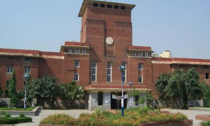 hc seeks du response on plea questioning ph.d m.phil