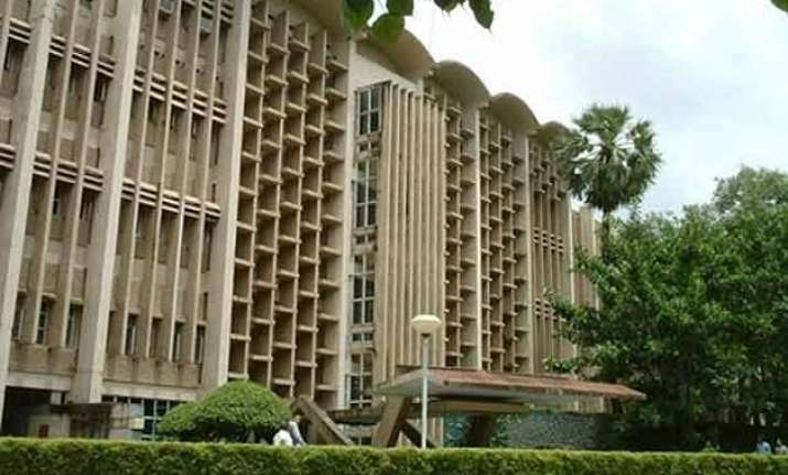 iit bombay may get rs 100 crore aid to form drdo like body