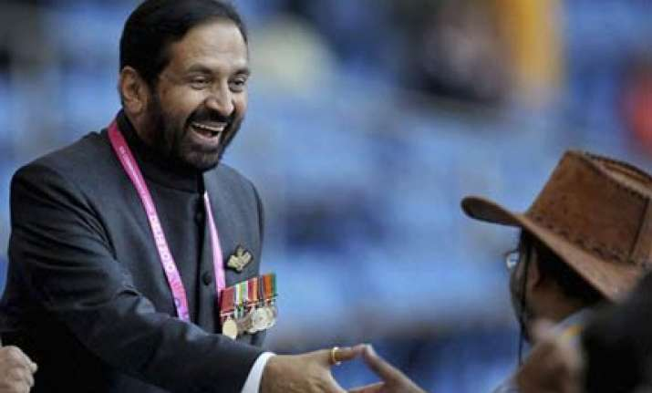 cheers and jeers for kalmadi at cwg opening ceremony