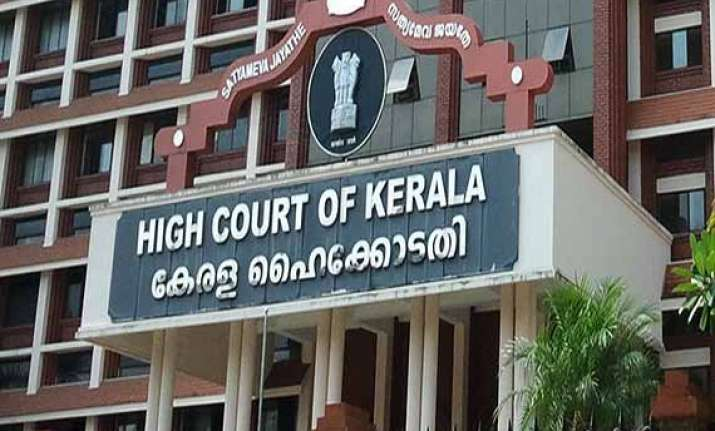 kerala hc upholds liquor ban alcohol sale restricted to 62