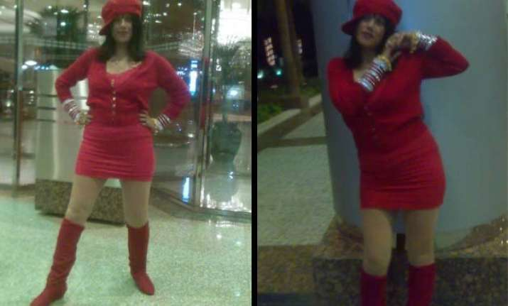 radhe maa turns to be a controversy queen new pictures