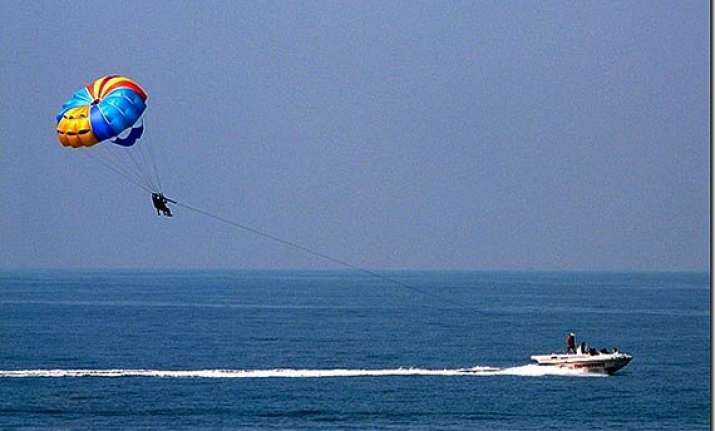 goa govt suspends water sports after death of russian