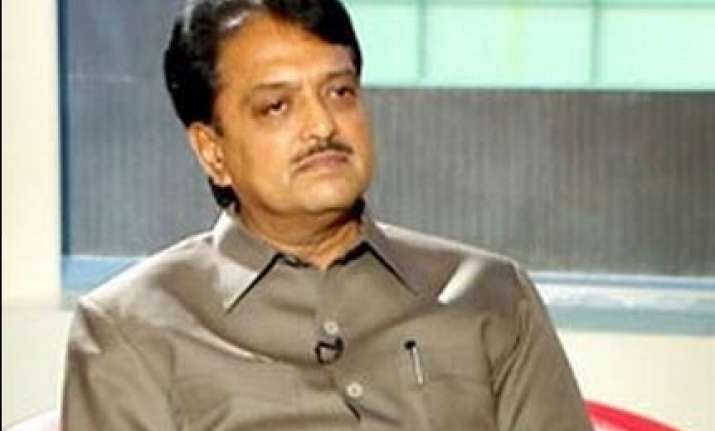 psus are cautious in releasing more funds for games deshmukh