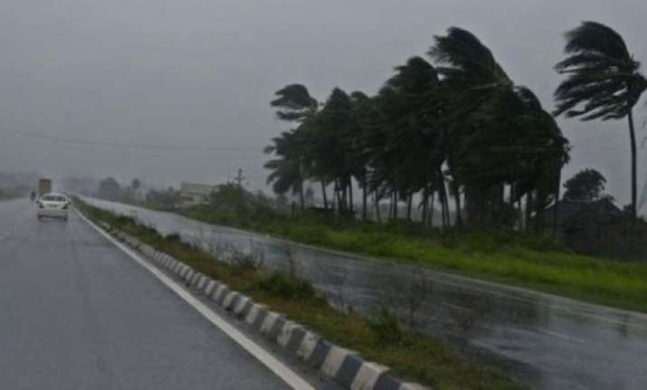 amidst preparation to face hudhud phailin memory returns