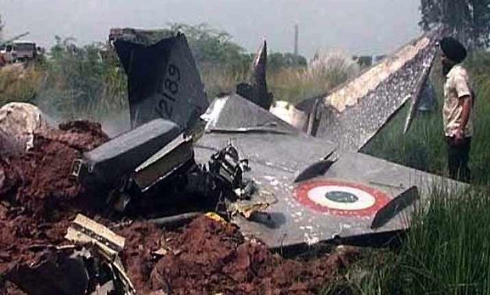 mig 21 crashes near jamnagar in gujarat pilot safe