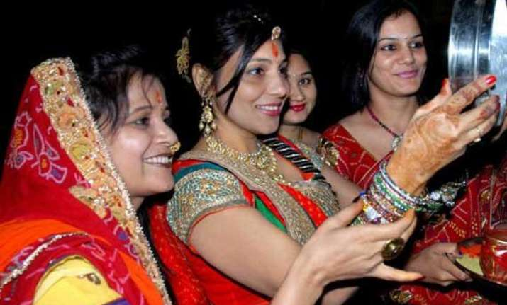 women in delhi mark karva chauth with festive fervour