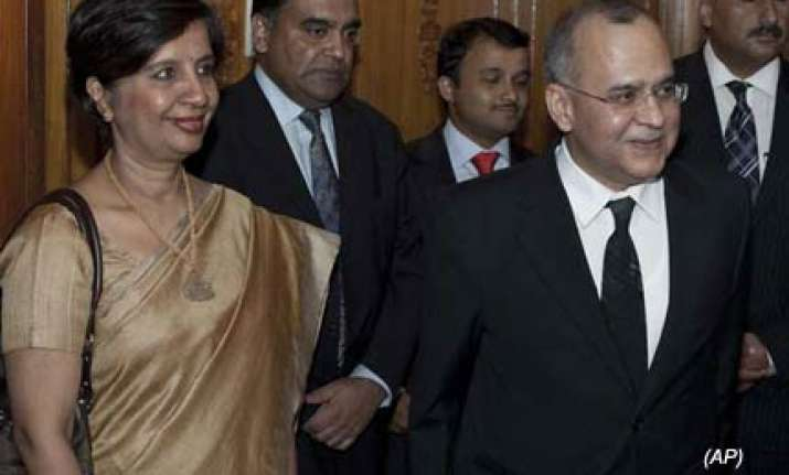 india raises terror issue at secy level talks