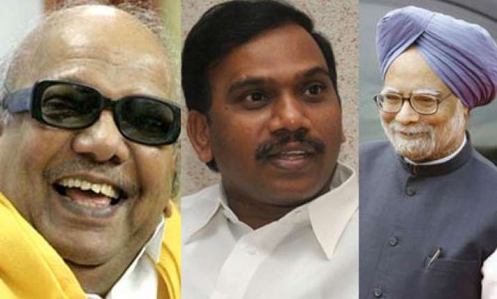centre dmk to stand behind a raja