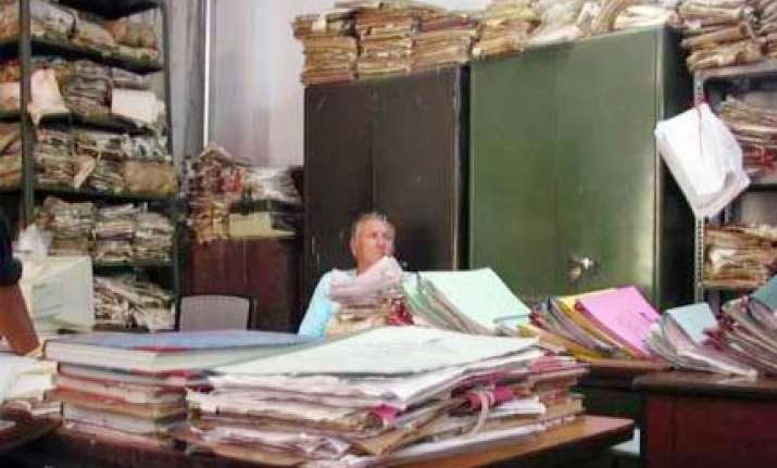 indian bureaucracy most inefficient in asia survey
