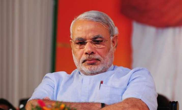 pm modi hears industry woes asks them to innovate make in