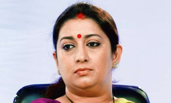 close shave for smriti irani as her car meets with accident
