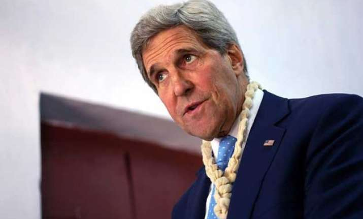 john kerry s car involved in minor accident