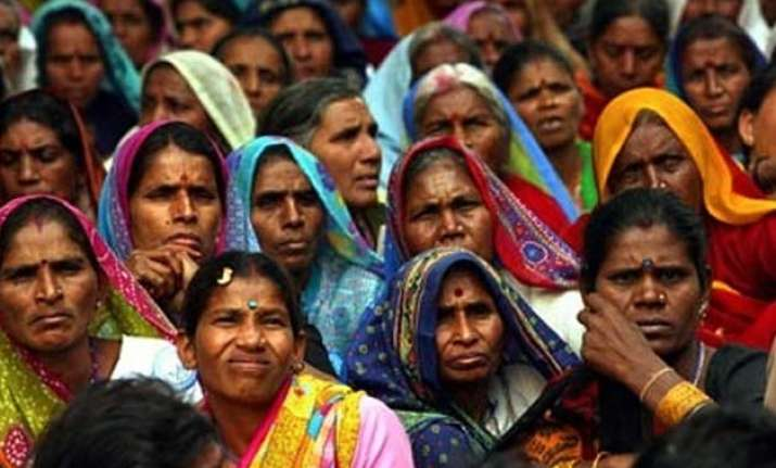 proportion of hindus down 3.7 percent point over 50 years