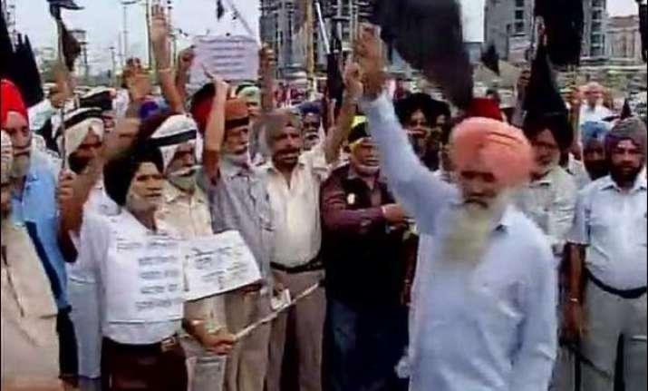 ex servicemen protest in mohali over orop delay