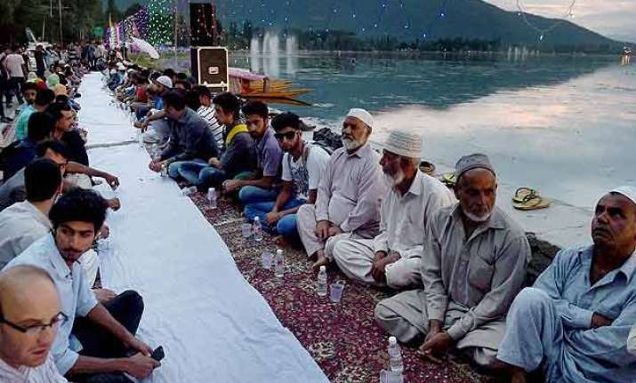 asia s longest iftar held at the banks of dal lake in