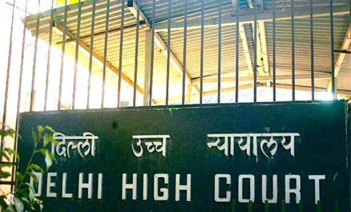 remove illegal banners from delhi residences says hc