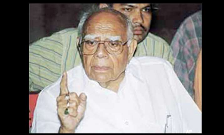 jethmalani mulls review plea against cbi probe in sohrab