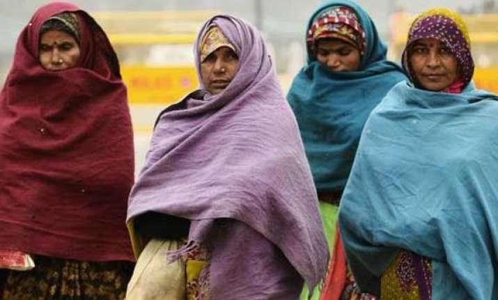 cold wave grips delhi
