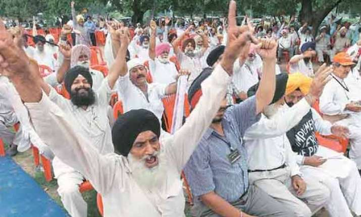 govt clears payments under orop annual outgo pegged at rs 7