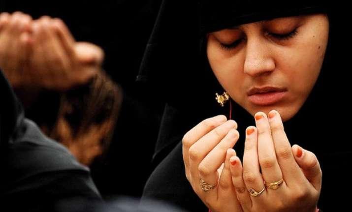 92 of indian muslim women want ban on oral triple talaq